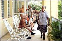 Biotecnología cubana contribuye a longevidad satisfactoria